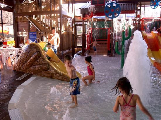Rocking Horse Ranch Resort: Big Splash Indoor Water Park