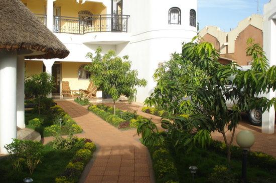 La Venise Malienne: House and garden
