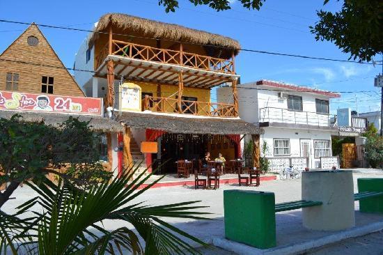 Hotel Casa Lupita: FRONT VIEW