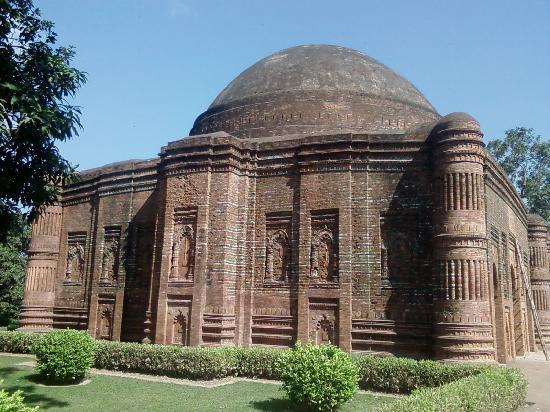 Malda, India: Loton Masjid