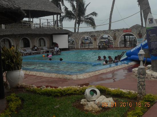 Jangwani Seabreeze Resort: resort