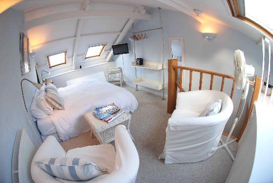 Coast House : 5