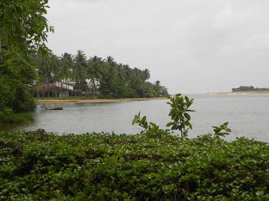 "AVANI Kalutara Resort: Vue sur la ""baie"""