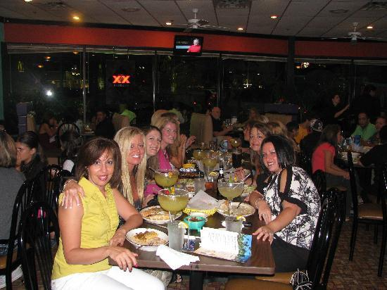 Acapulco's Mexican Restaurant: best friends