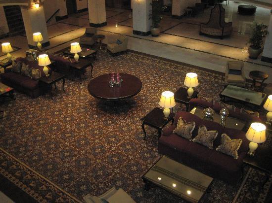 Hotel Blackhawk, Autograph Collection: lobby