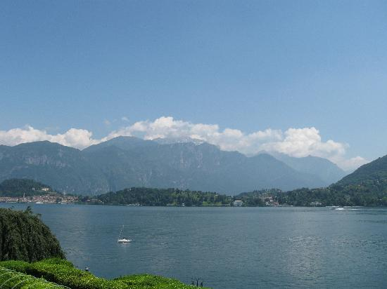 BEST WESTERN Continental: Panorama Lago di Como- veduta panor. a 10 min. a pidei da Hotel C.