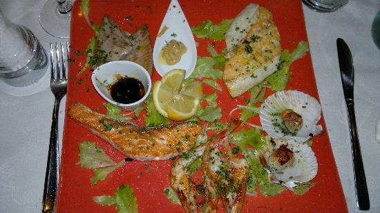 Osteria Antico Giardinetto: assortiment de poissons grillés