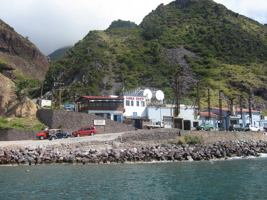 Saba Deep Dive Center