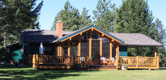 Singing Pines B&B : Tranquility in the Mountains