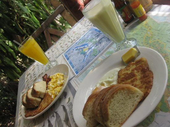 The Bakery Cafe: our delicious breakfast