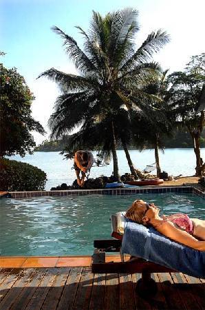 Fatumaru Lodge: swimming pool