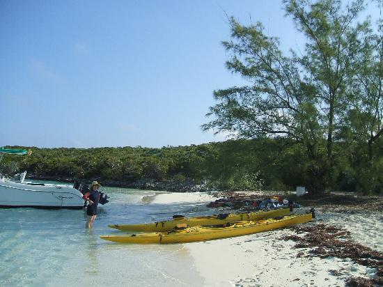 Great Exuma: Launching at Lignum Vitae Cay