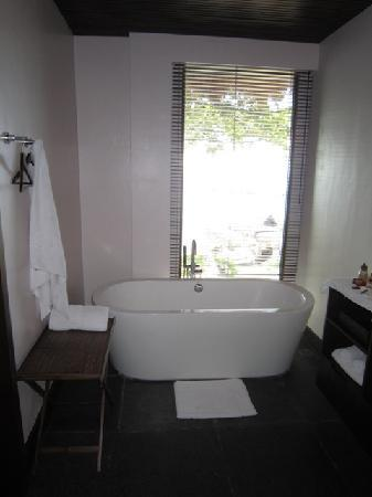 Abaca Boutique Resort: Bathroom
