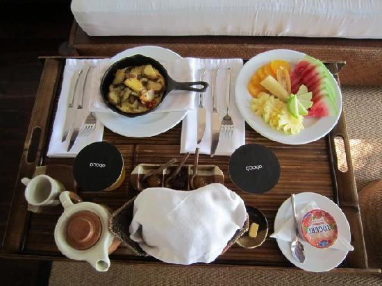 Abaca Boutique Resort: Breakfast in bed