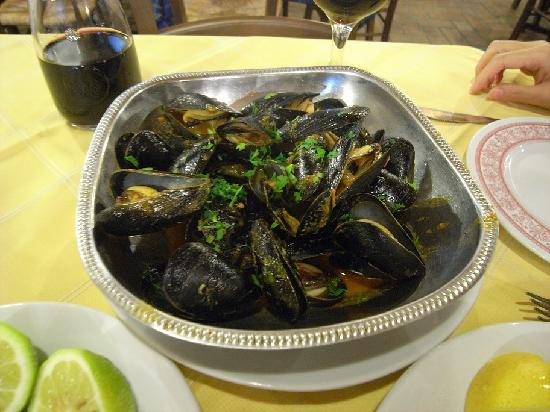 Il Siciliano Doc : Delicious mussel at only 5 Euro