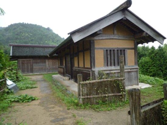 Gassan Toda castle: 山中御殿付近