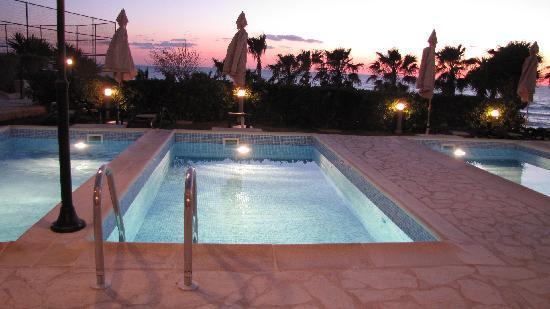 Atlantica Golden Beach Hotel: Private Pool