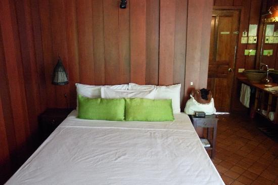 Lotus Villa Boutique Hotel : Bed