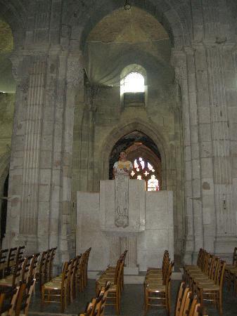 Cathédrale Saint-Lazare : inside