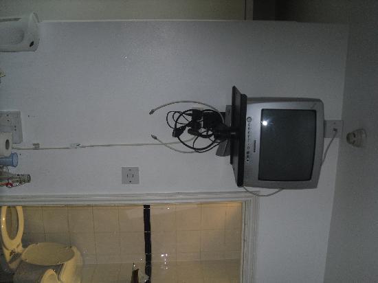 Swinton Hotel: La TV
