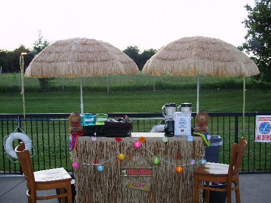 Quality Inn & Suites Conference Center: Tiki Bar
