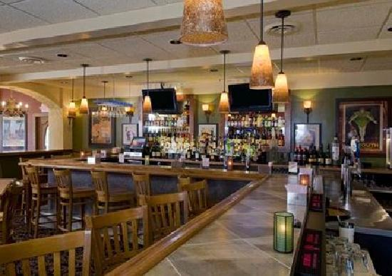 Quality Inn & Suites Conference Center: Black Jax Sports Bar & Grille