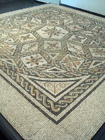 Museo Nazionale Romano - Palazzo Massimo alle Terme: mosaic