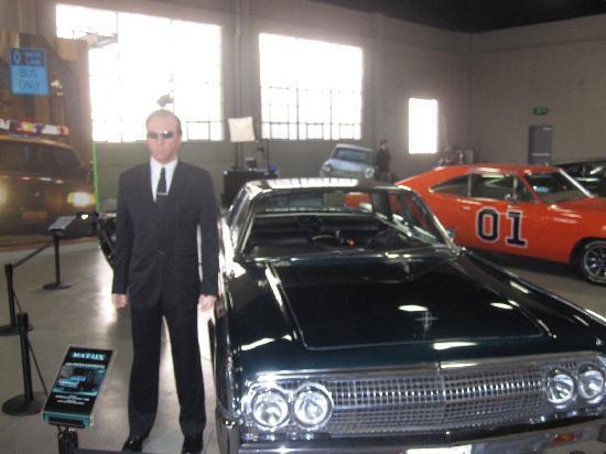 xxx-cars-in-movie-men-in-black-female