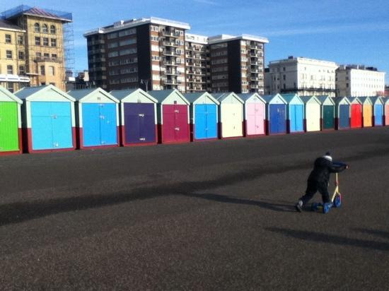 Μπράιτον, UK: hove beach huts