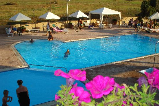 Residence Ombraverde : piscina