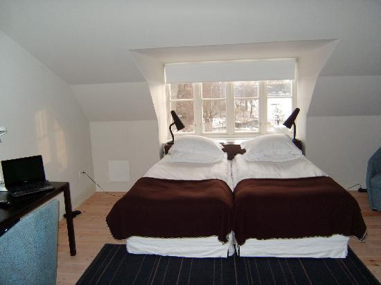 Hotel Skeppsholmen: Странное расположение кроватей