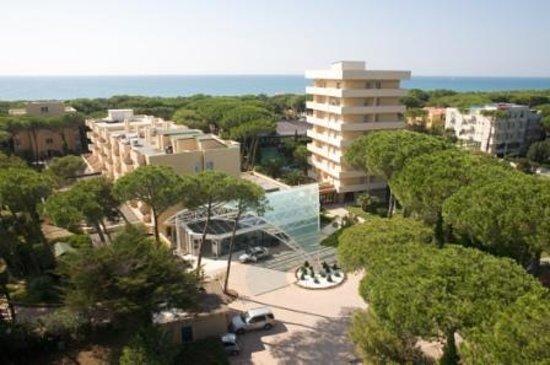 Marina di Bibbona, Italy: Foto panoramica con il mare sullo sfondo