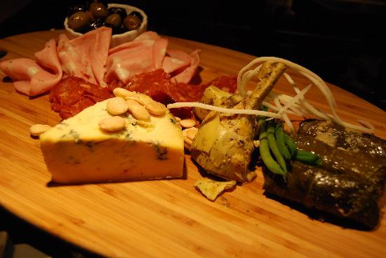 Wine o'Clock: antipasto platter