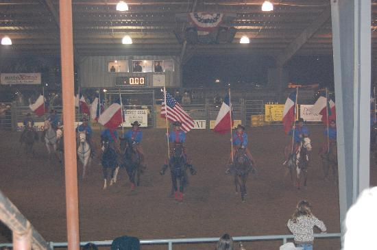 Tejas Rodeo Company: The start of the show.