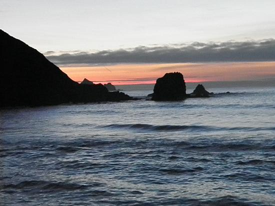 Holiday Inn Express Hotel & Suites Pacifica: Sunset from the beach