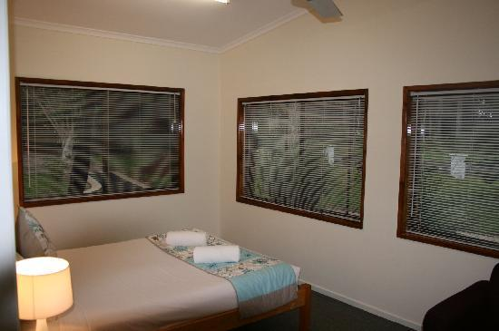 Montville Holiday Apartments : Garden Apartment