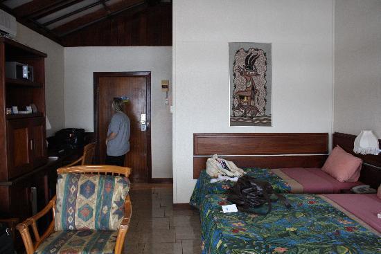Madang, Papua New Guinea: A twin room