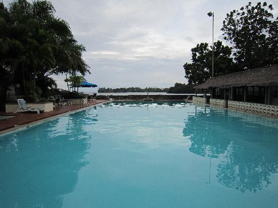 Madang, Papua New Guinea: The pool