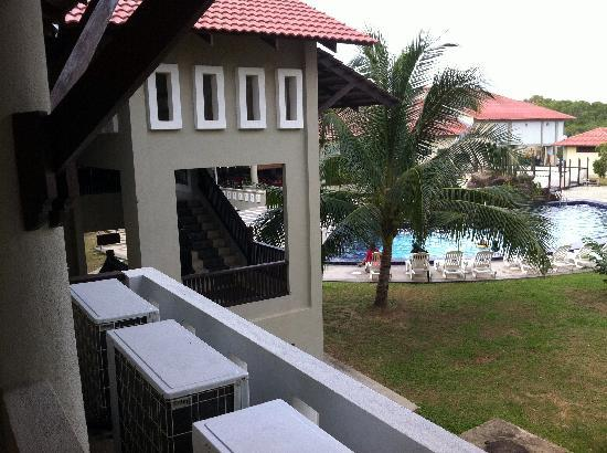 Merang Suria Resort: View to the poolside from the room