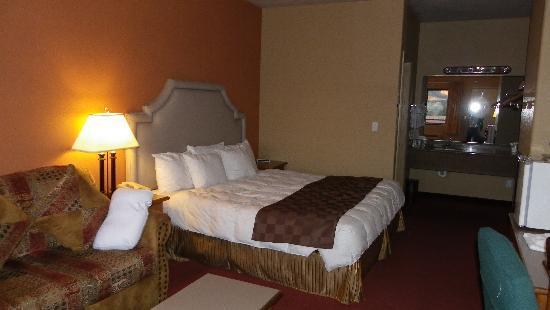 Wildflower Inn at BellRock: Our room