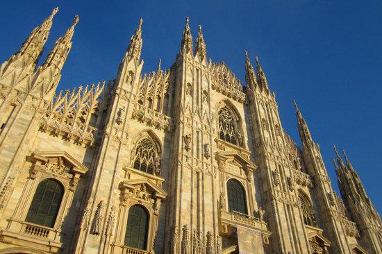 Μιλάνο, Ιταλία: Duomo Santa Maria Nascente