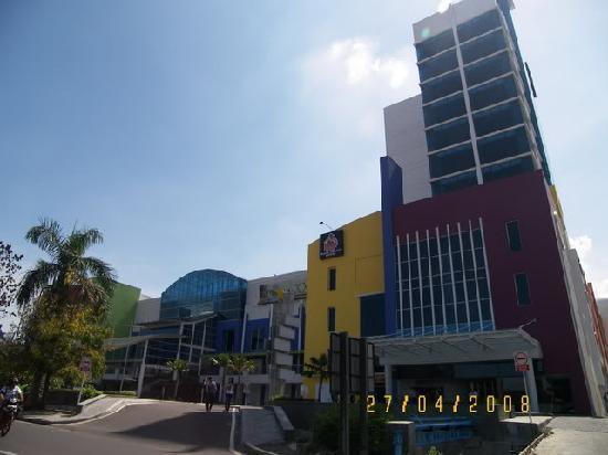 Surabaya, Indonesia: the exterior