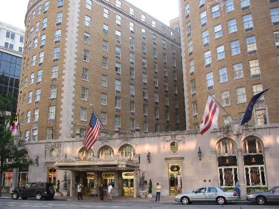 The Mayflower Hotel, Autograph Collection : Hotel mit Haupteingang