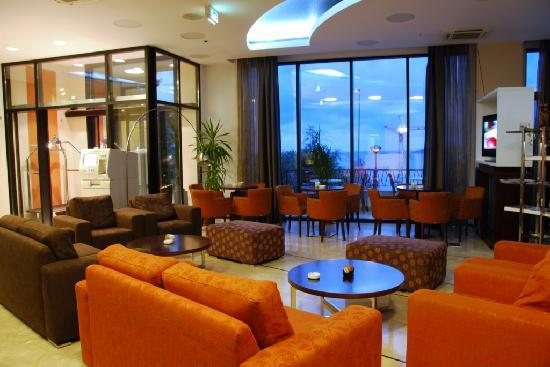 Hotel HEC Residence: Lobby bar