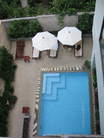 St. James Hotel: Pool 3