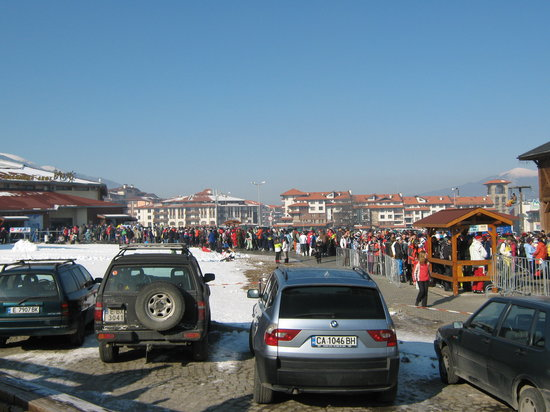 Bansko, Bulgaria: The mid morning queue for the gondola