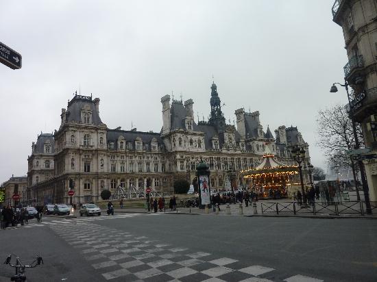Paris, France: Hotel de Ville