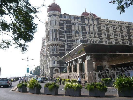 Mumbai (Bombay), Indien: Das berühmte Taj Mahal Hotel im historischen Teil von Mumbai