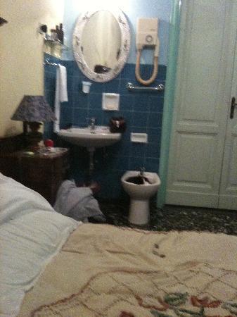 إل بارجيللينو: room 3