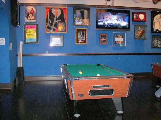 Pool Tables Upstairs Picture Of Buddy Guys Legends Chicago - Pool table guys